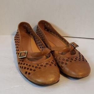 Nurture tan leather shoes size 8